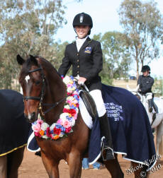 Nicole Kullen & Nikshar Nomination her Dutch Warmblood gelding imported from Holland. 2010 EA PE Gr1b National Champions